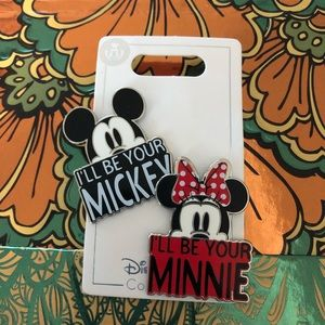 DISNEY PARKS MINNIE AND MICKEY PIN SET